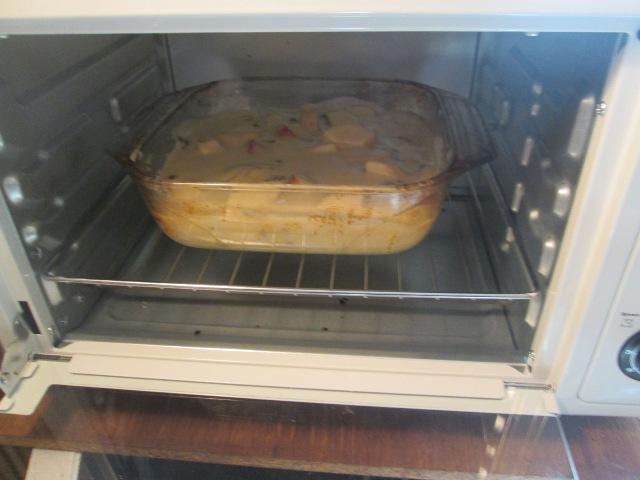 Запекаем яблочный пирог в духовке