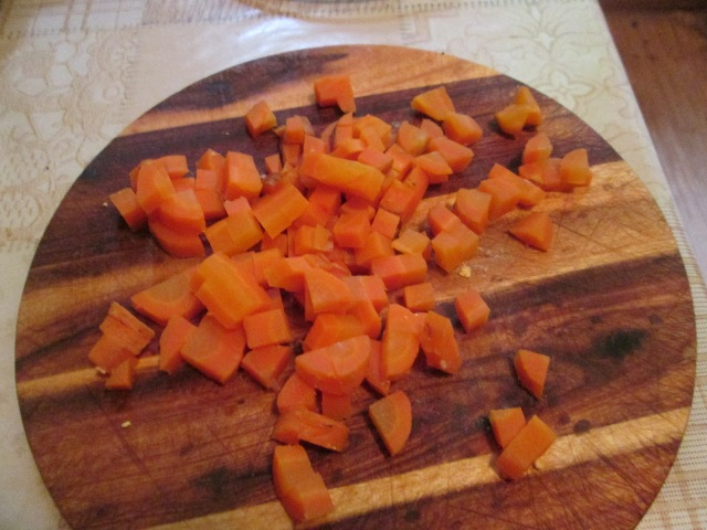 Режем морковку