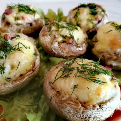 Готовые грибы с начинкой