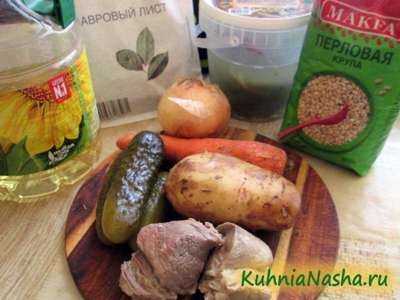 Ингредиенты для рассольника со свининой